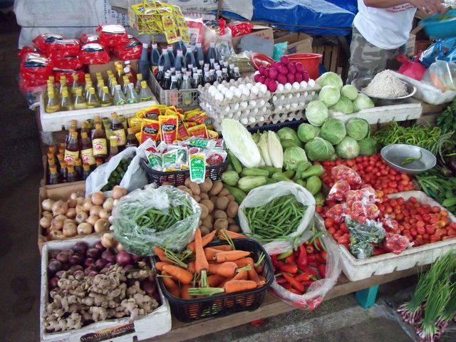 Bangui Public Market Daily vegetables and foods 2