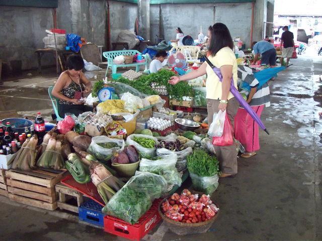 Bangui Public Market Daily vegetables and foods