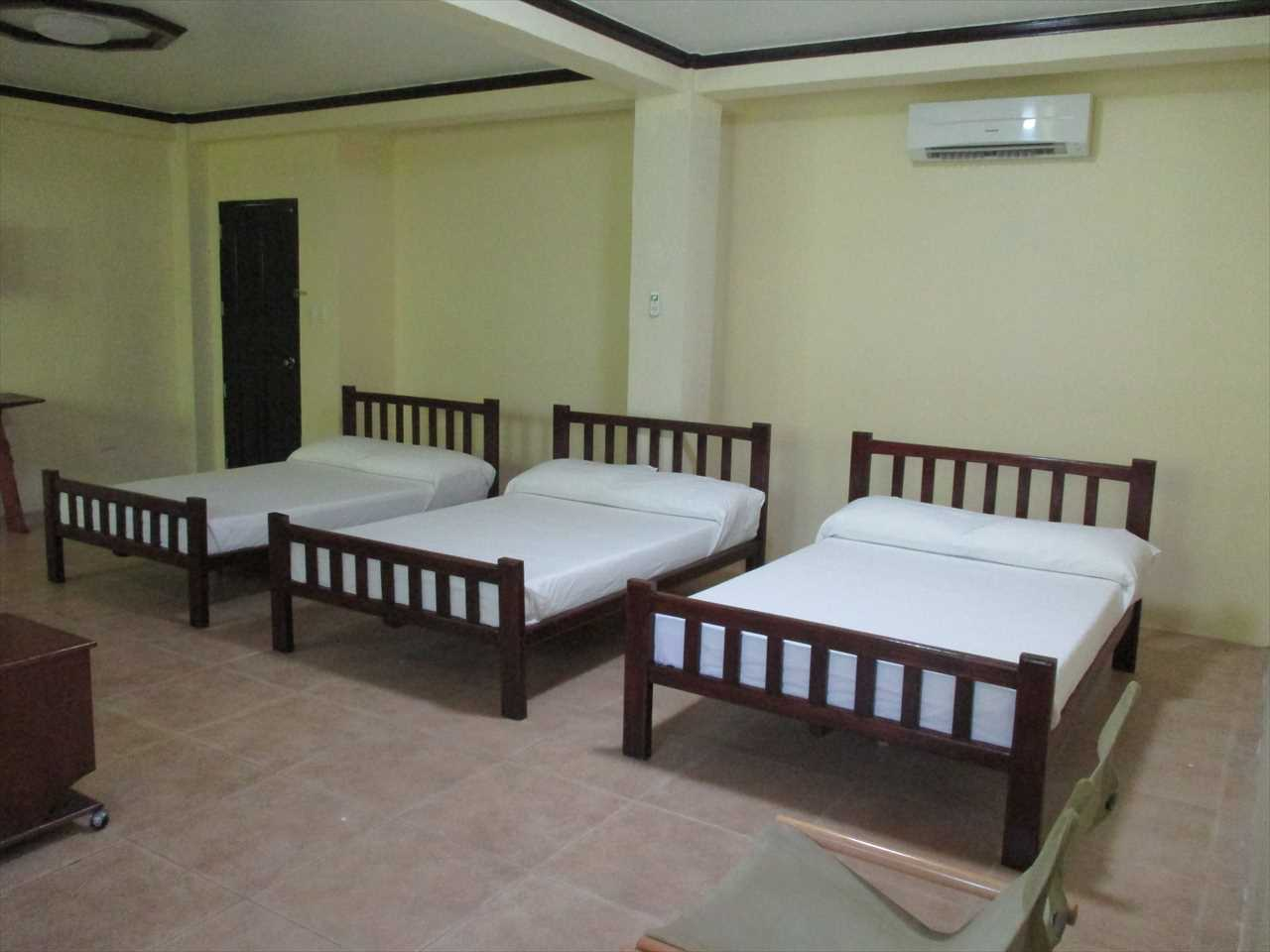 3 Double size beds, air-con