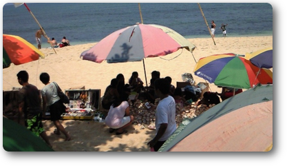 Personal souvenir shops on the beach